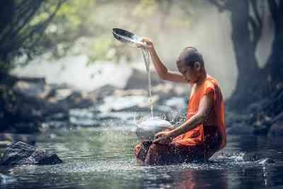 Pouring water like Reiki